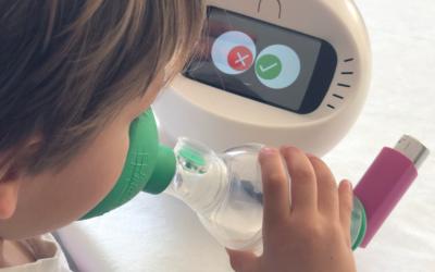 Le robot Léo, au service des enfants… et des parents
